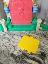 Fisher Price Little People Lil' Kingdom Castle 2003 Battery Door Cover Yellow - $9.85