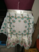 Vintage Blue & White Rose Cotton Pattern Lace Ribbon Tie Apron - $9.85