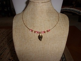 Neck Wire Fashion Necklace With Pink Bead Accents - $7.12