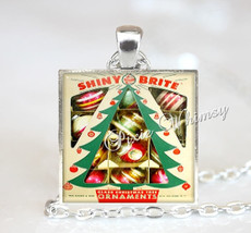 Vintage Christmas Ornaments Pendant Necklace, Christmas Ornaments, Vintage Chris - $11.95