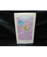 """Hallmark Keepsake """"Riding A Breeze"""" 1994 Easter Ornament NEW - $3.47"""
