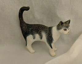 Schleich Grey White House Cat Play Animal Figure 2008 Standing Pretend Play - $4.99