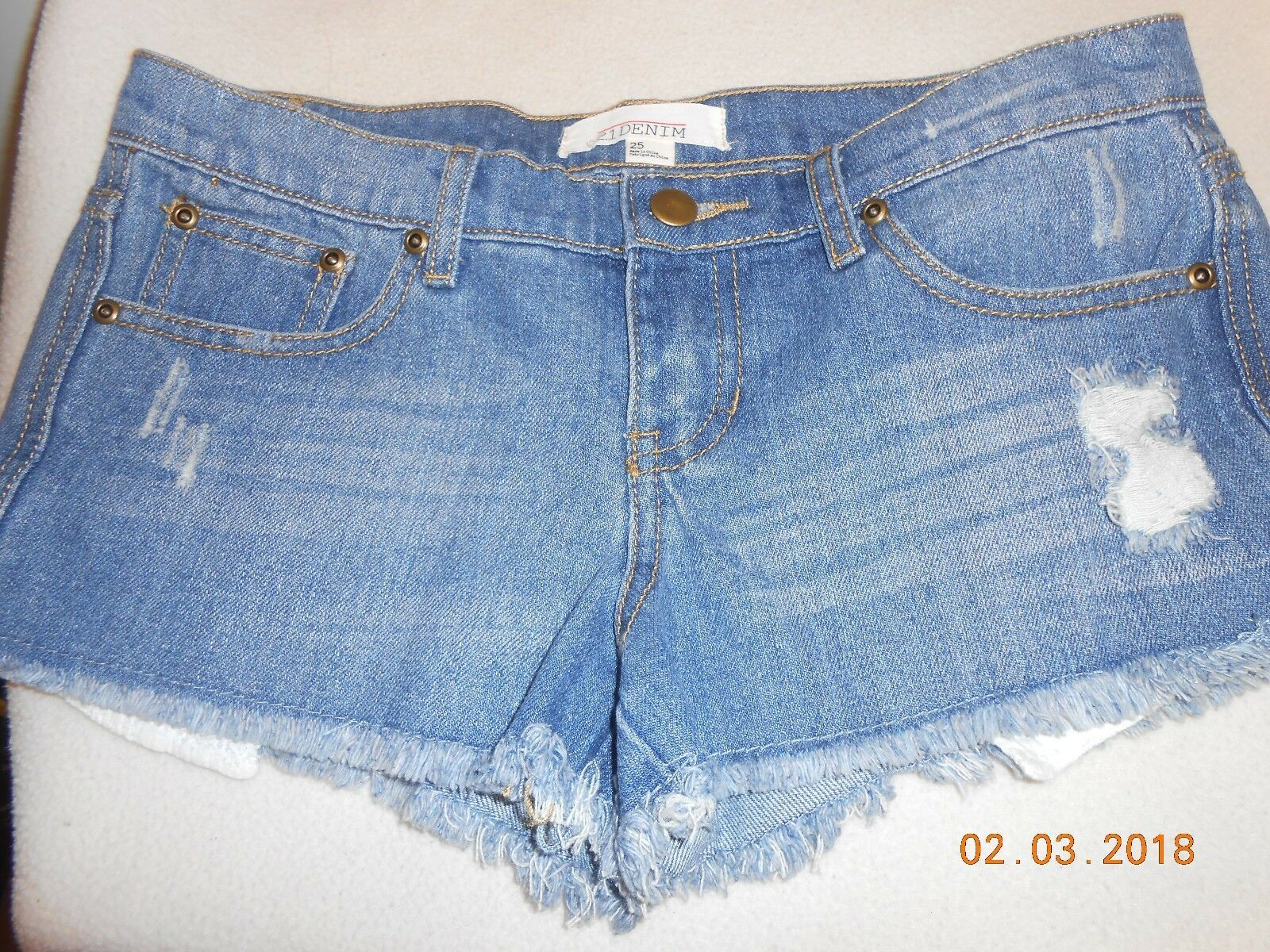 Primary image for NEW Forever 21 mini jean shorts denim size 25 distressed cutoff pockets NWT SALE