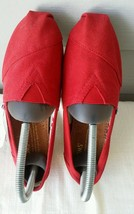 New TOMS Women's Classic Canvas Slip-on, Red  6W - $32.50