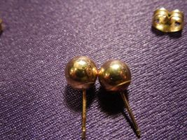 14K Gold Ball Stud Earring Pair image 6