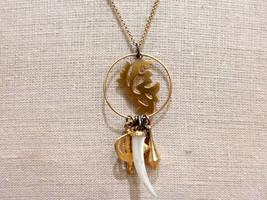 Eeuu Hecho Wendy Mink New York 18K Plata Bañada en Oro Charm Colgante Collar Nwt