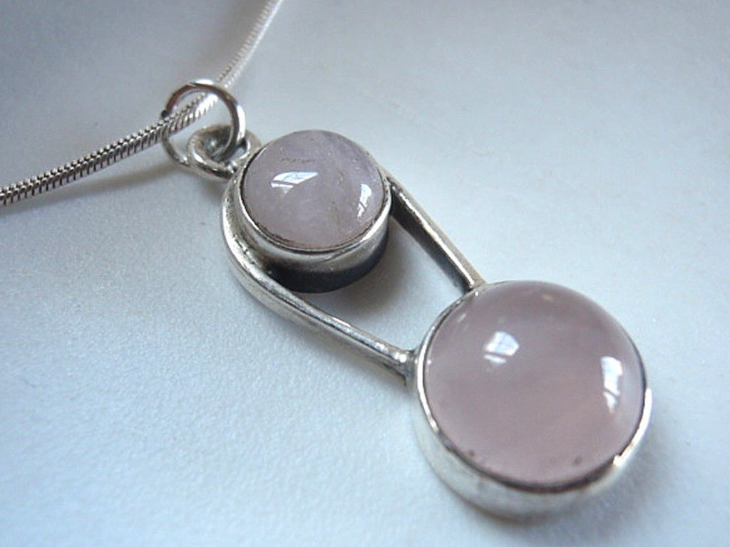Rose Quartz Round Pendant 925 Sterling Silver with Rope Style Accents New