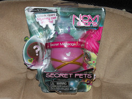 Novi Stars Secret Pets Pod Case NEW LAST ONE HTF - $26.59