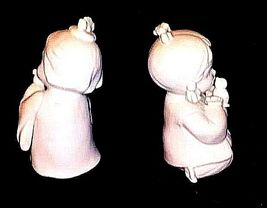 Ceramic Girl Figurines 2 Vintage AB 473 image 3