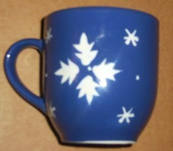 Extra Large Blue Xmas Holiday Mug Decorated With Snowflakes 18oz - $10.50