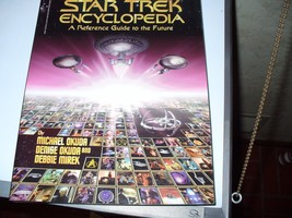Star Trek: The Star Trek Encyclopedia : A Reference Guide to the Future ... - $5.20