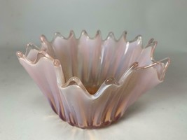 "Midcentury Fostoria Heirloom Pink Opalescent Large Heirloom Bowl 4"" x 6""... - $29.69"
