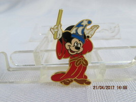 WDW 2004 SORCERER MICKEY MOUSE PIN - $6.50