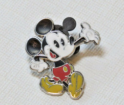 Walt Disney Parks Mickey Mouse Character Trading Trade Pin hat lapel RARE - $16.02