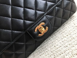 100% Authentic Chanel Vintage Black Lambskin Medium Classic Double Flap Bag GHW image 6