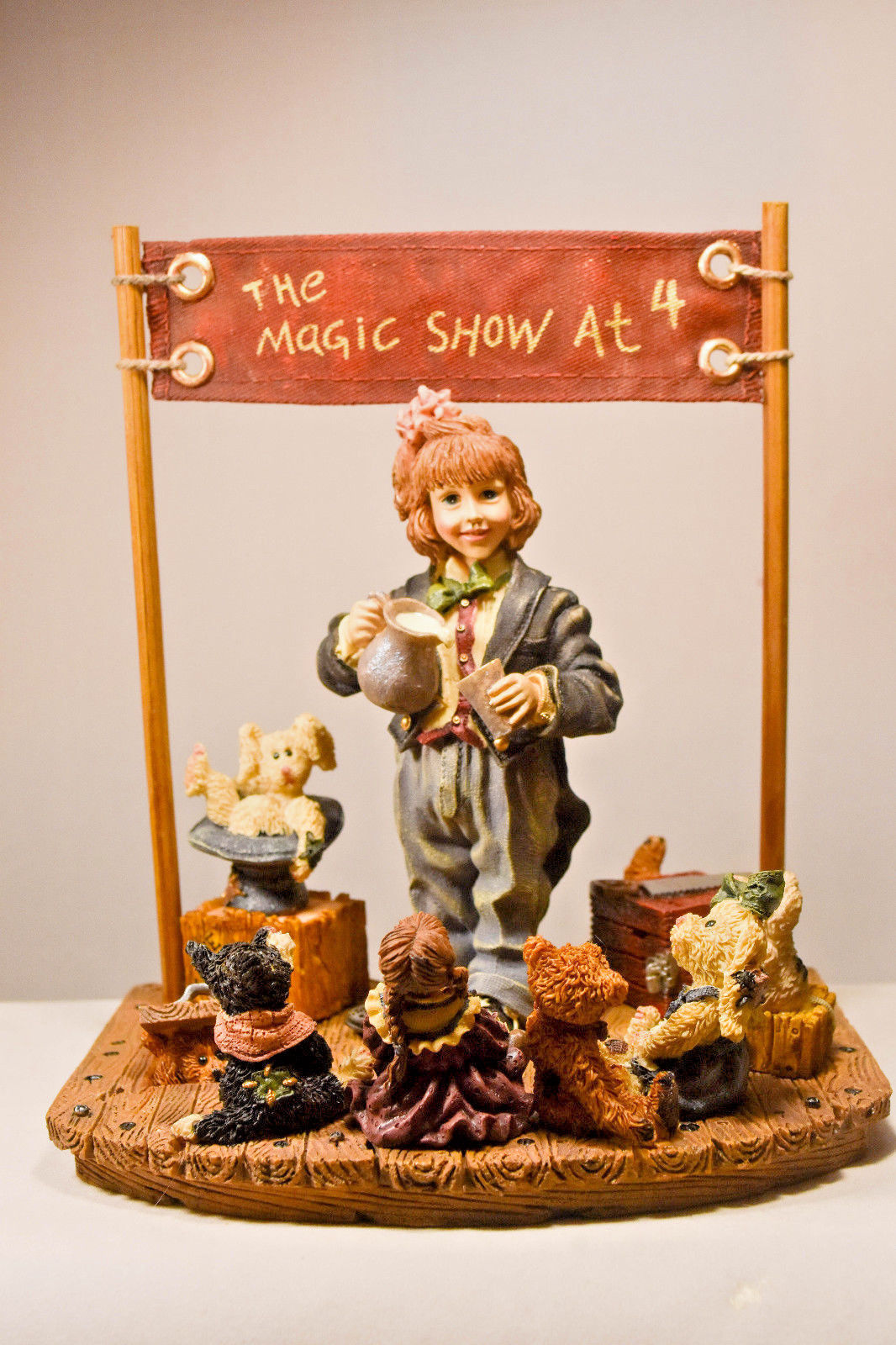 Boyds Bears: The Amazing Bailey... Magic Show at 4 - First Edition/3180 - #3518 image 1