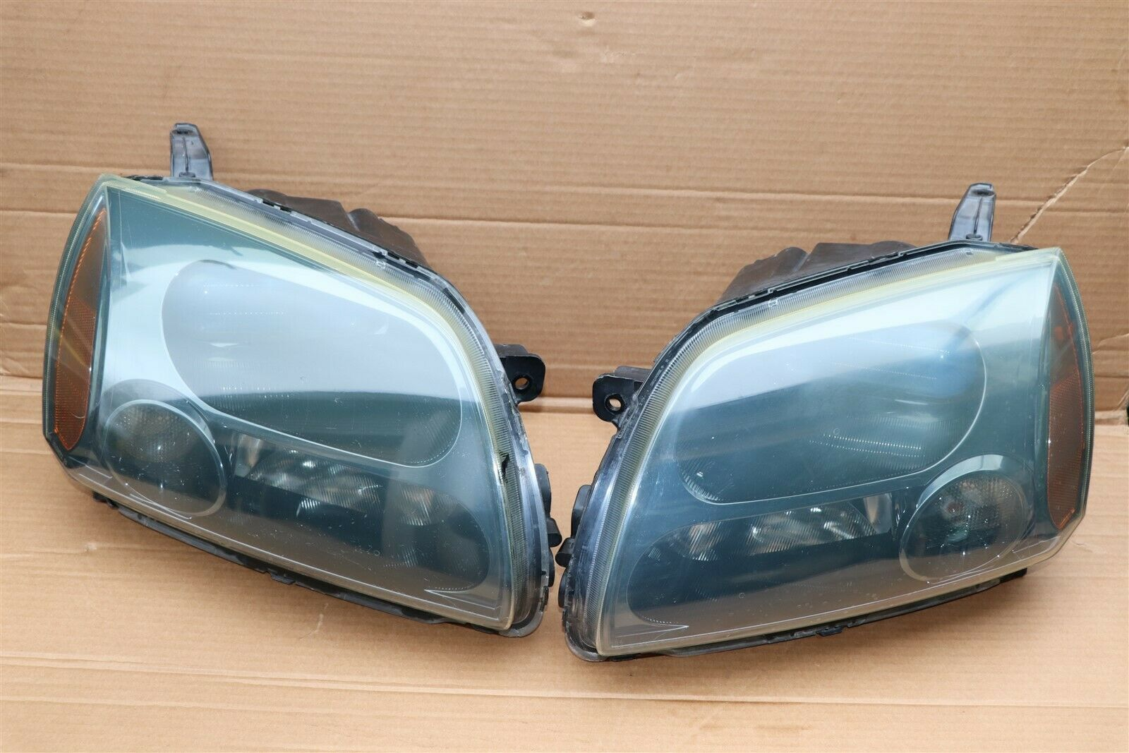 04-09 Mitsubish Galant Ralliart Projector Headlight Lamps Set L&R