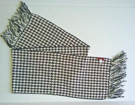 Merona Women's Scarf Knit by Target  Neck Scarv... - $9.05
