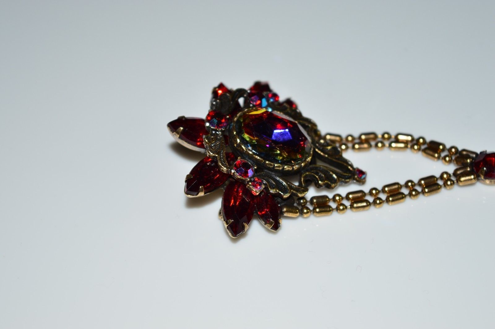 VTG Gold Tone Red AB Rhinestone Floral Flower Dangle Pin Brooch