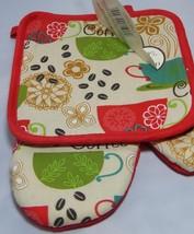 Better Home Kitchen 2 Piece Set Pot holder & Oven Mitt Set Coffee Red - $12.99