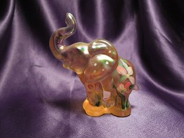 2003 Fenton Favorites Hand Painted Glass Iridescent Peach Elephant W/ Fl... - $44.55