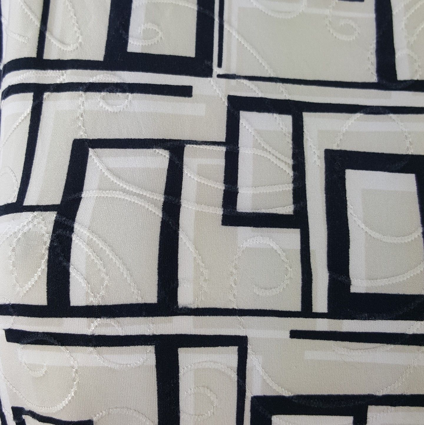 JM Collection Women Large Black White Geometric Swirl Career Blouse Stretch NWT