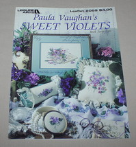 Sweet Violets Leisure Arts 2059 Cross Stitch Pattern Book 42 Assorted Mo... - $8.42
