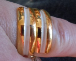 Vintage Napier Gold Enamel Cream Swirl Costume Ring - $4.99