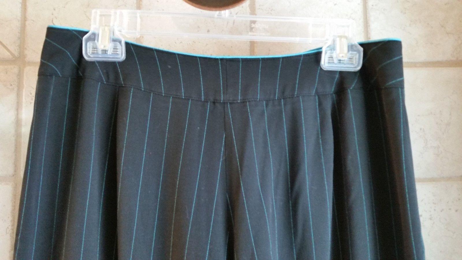 Women's Sz 10 Larry Levine Stretch Dress Pants - Black with Turquoise pinstripes