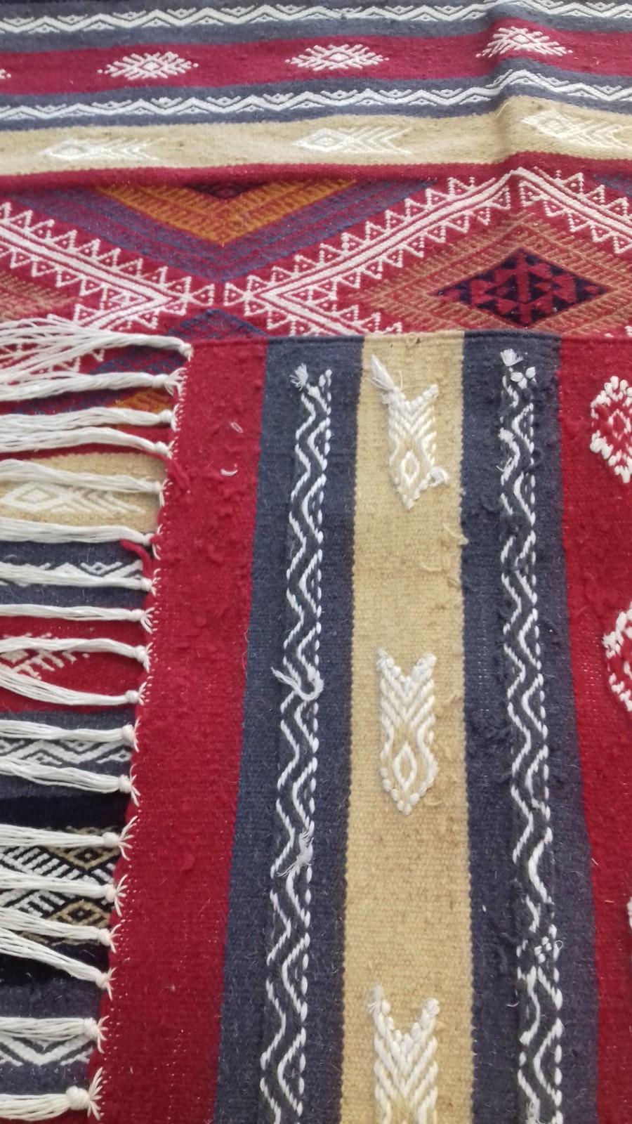 Handwovean kilim rug berber wool rug Flat weave vintage carpet rug Moroccan keli