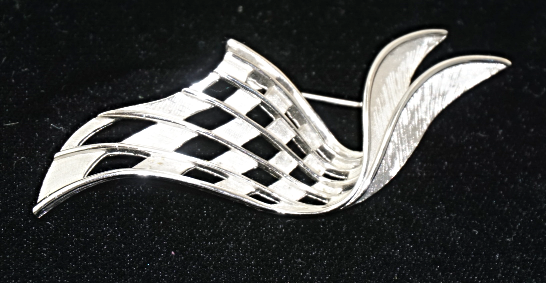Primary image for Vintage Signed Trifari Silver Tone Textured Long Swoosh  Brooch Pin