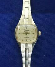 Dainty Elgin Galaxie Ladies Quartz Watch Works Needs Battery Very Nice - $23.95