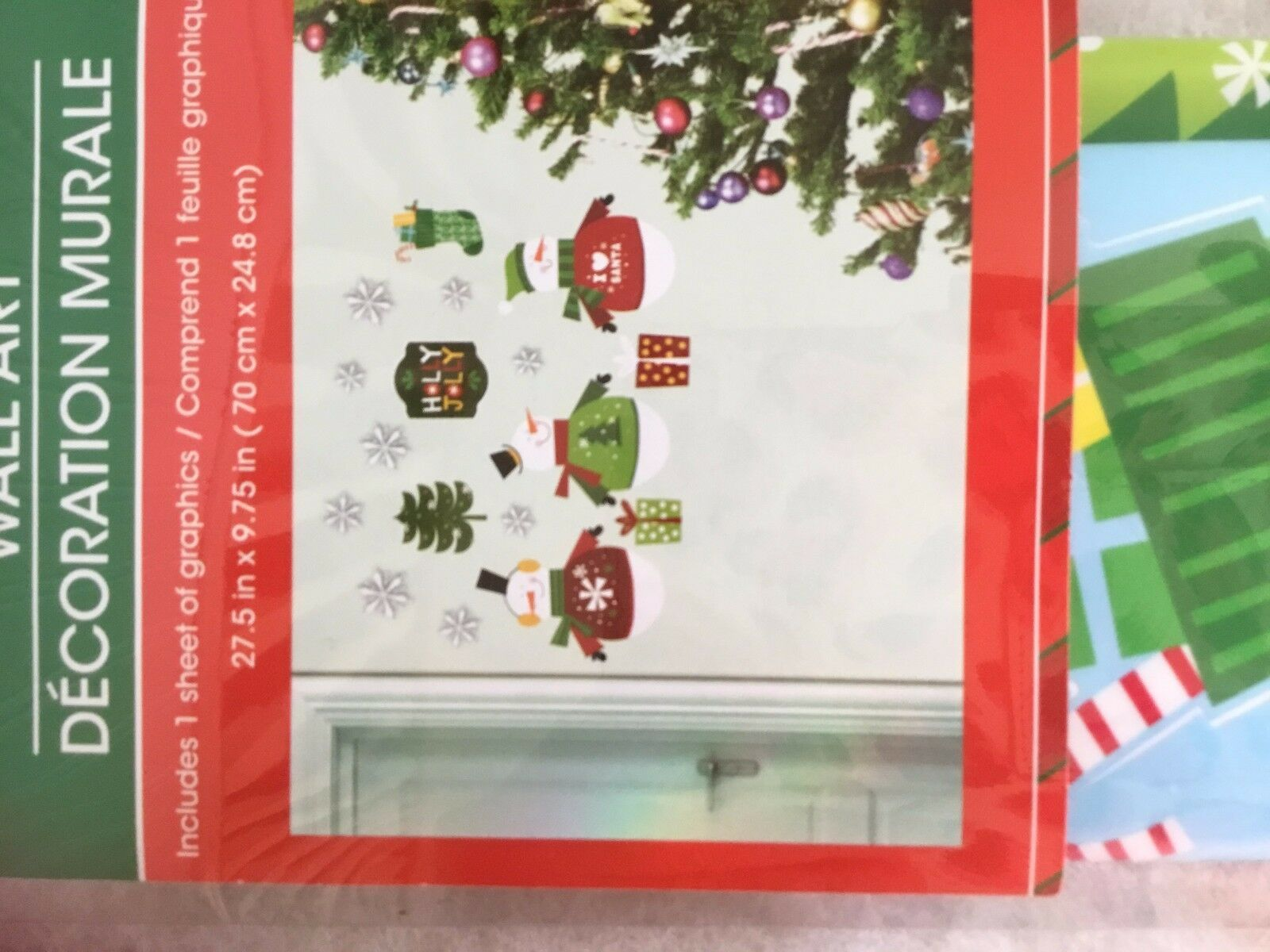 Christmas House Wall Cut sheet of Graphics 27.5 x 9.75 snowmn Snow Stocking NEW