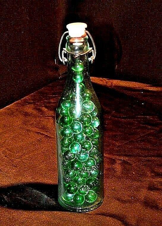 Marbles in Welz and Zerweck Brewers Bottle AA18-1364 Vintage Brooklyn, N.Y.