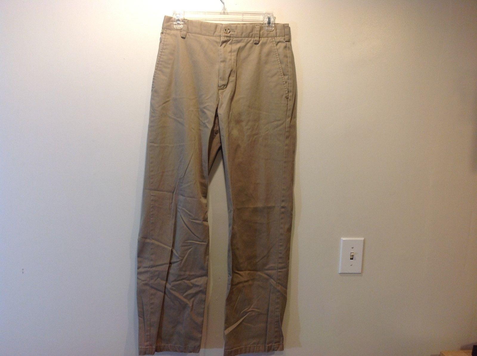 MERONA Classic Fit Men's Khaki Colored Pants Sz 30/32