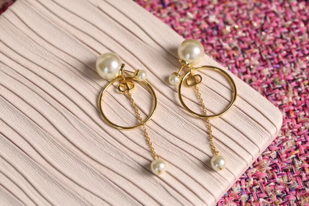 Authentic Christian Dior 2019 CD LOGO CIRCLE PEARL TRIBALES DANGLE DROP Earrings