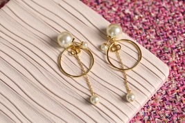 Authentic Christian Dior 2019 CD LOGO CIRCLE PEARL TRIBALES DANGLE DROP Earrings image 1