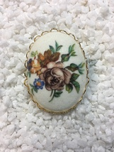Vintage Floral Bouquet Cameo Sugar Coated Brooch - $10.00