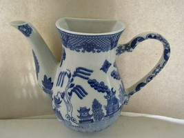 Beautiful, Large, Blue Willow Figural Teapot  Wall Pocket 10in x 8in - $75.95
