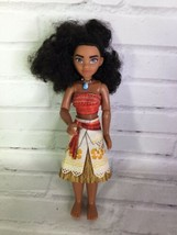 Hasbro Disney Princess Moana Classic Doll With Outfit Pacific Islander - $10.29