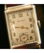 Handsome vintage WWII 1944 men's Bulova 21 jewel Swiss 14K solid gold wr... - $559.35