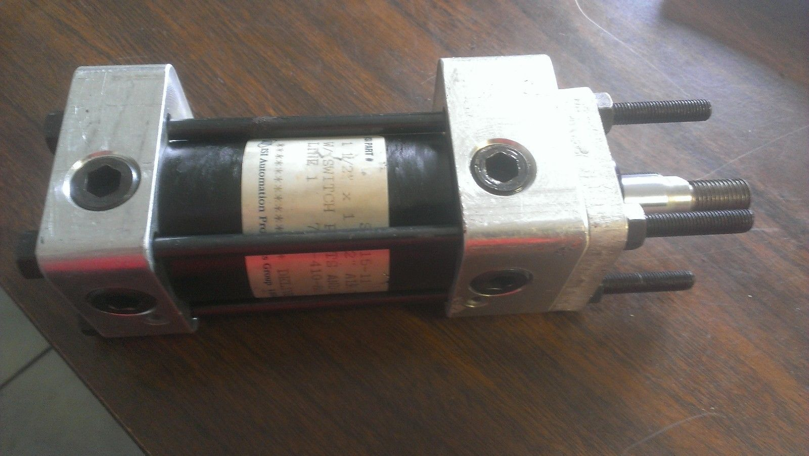 "Primary image for B32-2110A, ISI Automation, 1-1/2 Bore x 1 1/2"" Stroke  Pneumatic Air Cylinder"