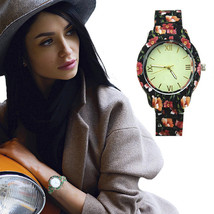 Floral Print And Vintage Design Ladies Fashion Watch - $19.95
