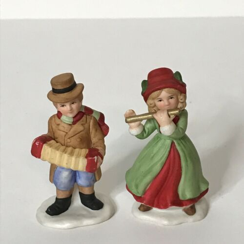 """Homco 5104 Pleasant Hill Figures (2) Porcelain Bisque Christmas 2 1/4"""" Tall  - $17.82"""