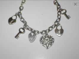 Vintage 1950's Charm Bracelet - $21.73