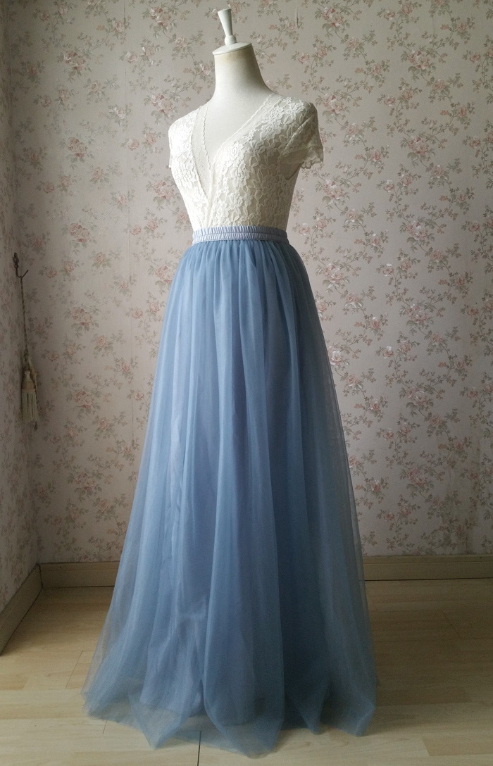 Dusty blue tulle skirt wedding 01