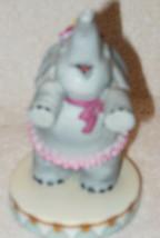 WALLACE BERRIE 1983 CIRCUS ROYALE PORCELAIN ELEPHANT FIGURINE MINT - $18.99