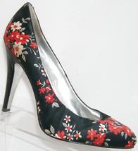 Jessica Simpson 'Brenda' black floral fabric slip on platform heels 10B - $30.53