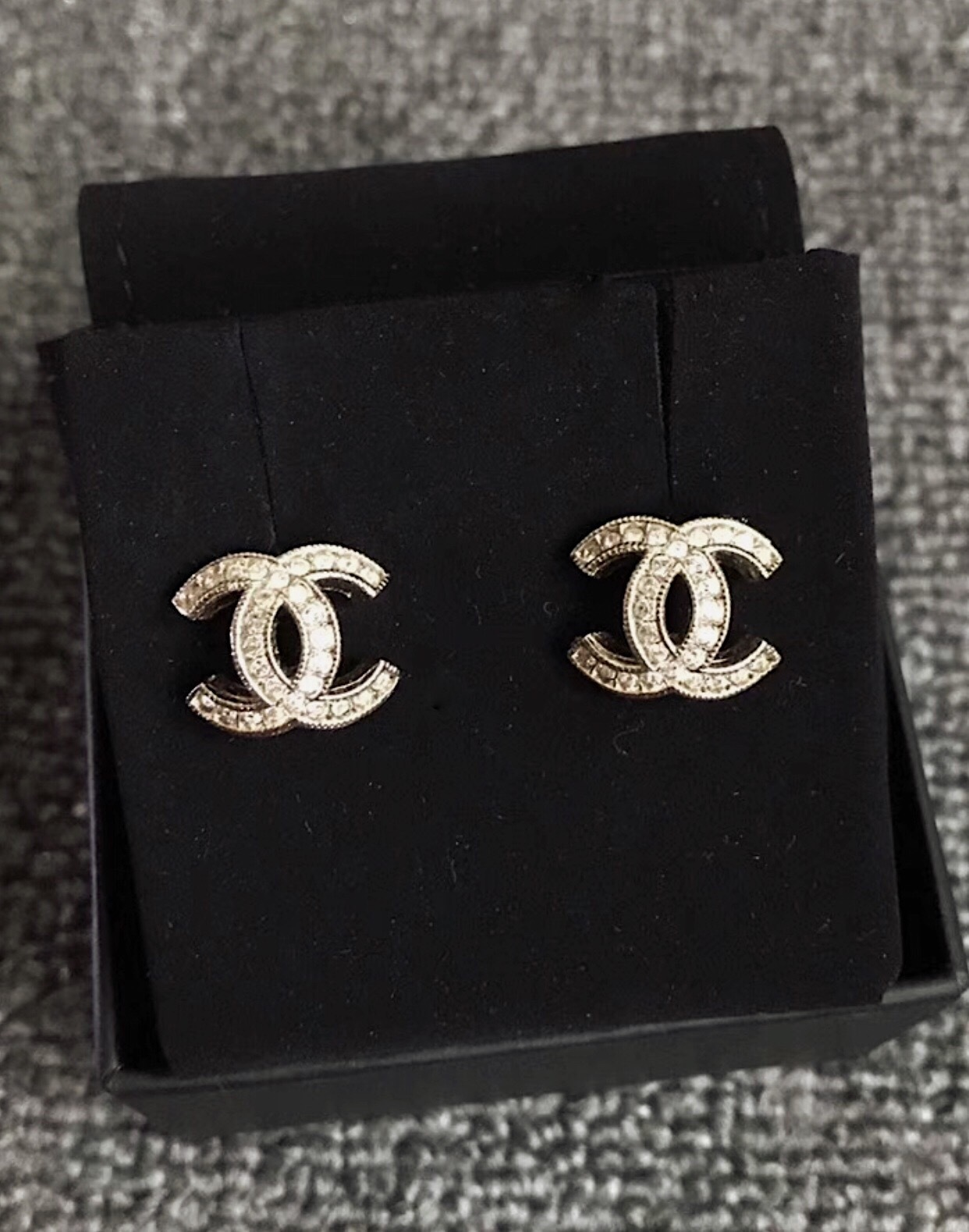 stud chanel classic logo gold products image crystal cc earrings authentic