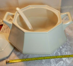 VINTAGE CREAM COLORED SOUP TUREEN W/ COVER AND LADLE GLAZED PORCELAIN image 4